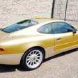 """Auksinis """"Aston Martin"""". Tikrąja to žodžio prasme…"""