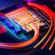 """""""Intel"""" pirmą kartą pademonstravo USB pakaitalą – """"Light Peak"""" technologiją"""